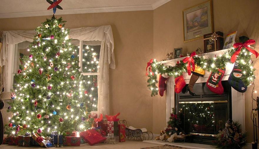 Ghirlanda di calze natalizie