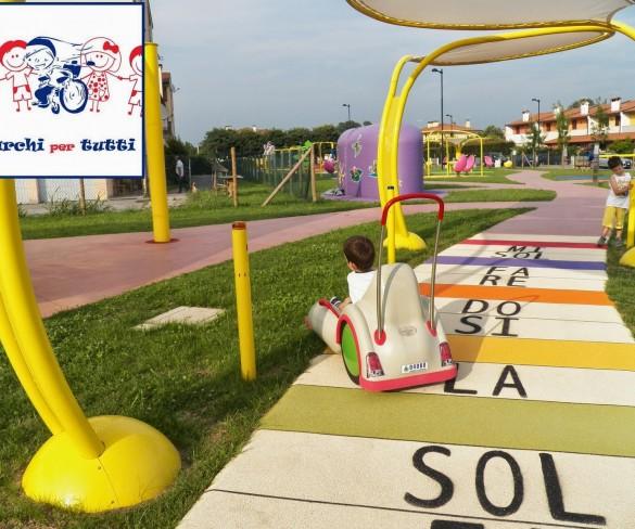 Il parco giochi a misura di bimbi disabili