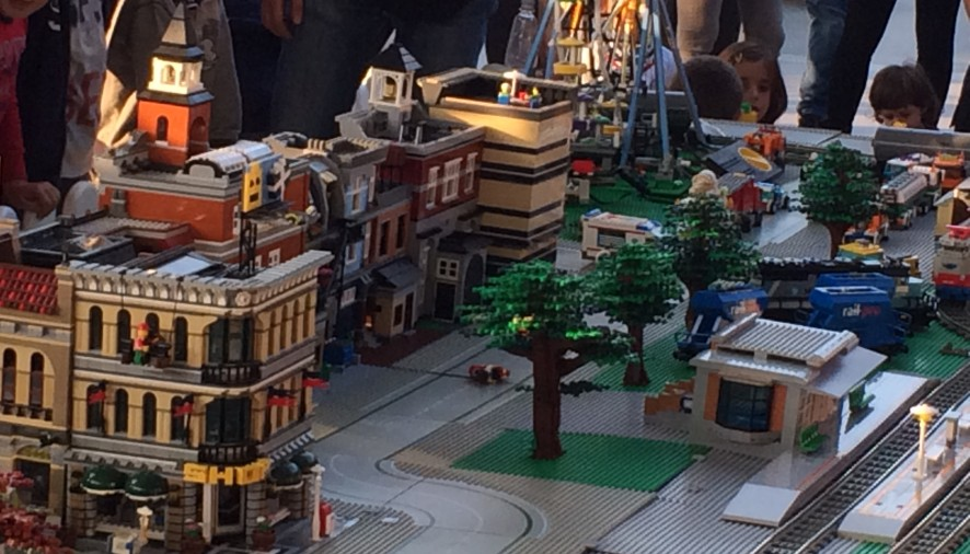 Esplode la Legomania a Parma Retail
