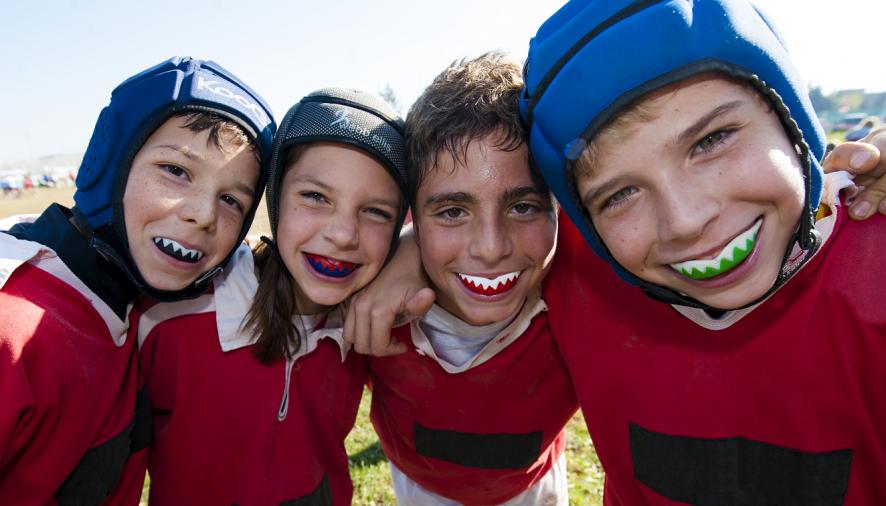 Sport, bambini e denti: l'importanza dei paradenti