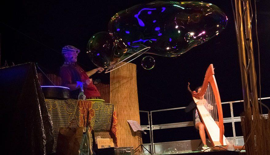 Spettacolo Bubble & Marley