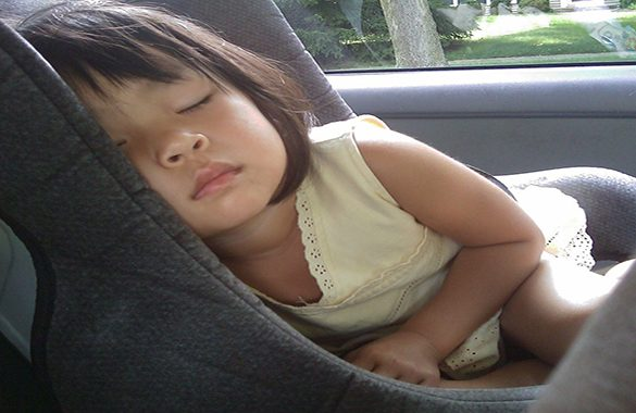 Le dieci regole per la massima sicurezza in auto dei bambini
