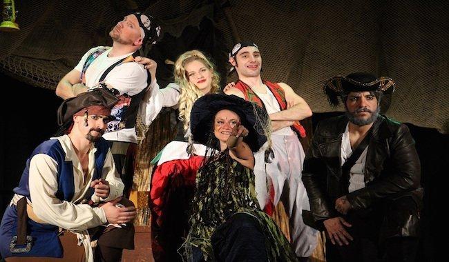 """""""Pirati in Vacanza ai Caraibi"""" al Teatro Conforti di Parma"""