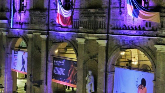 Giornata mondiale della prematurità. Il Palazzo Municipale diventa viola